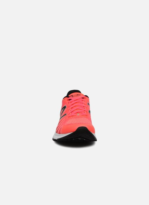 Chaussures de sport New Balance WRUSH PE18 Orange vue portées chaussures