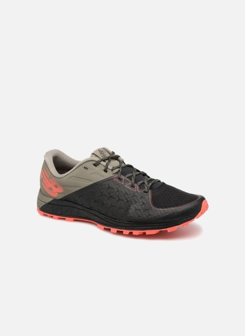 Chaussures de sport New Balance MTSUM Noir vue détail/paire