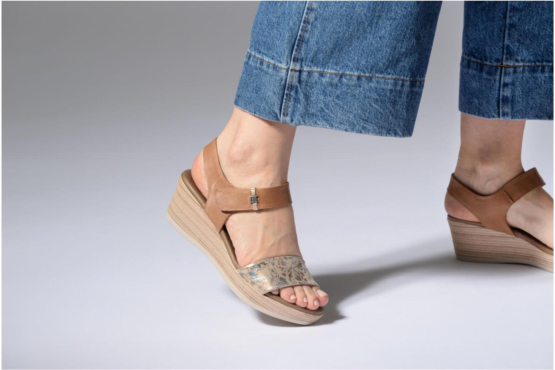 Sandales et nu-pieds Dorking Babor 7141 Marron vue bas / vue portée sac