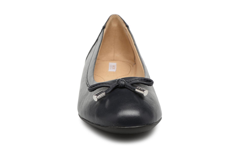 Ballerines Geox D LAMULAY D D825DD Bleu vue portées chaussures
