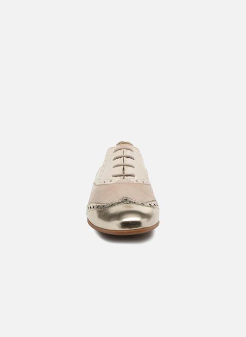 Chaussures à lacets Geox D MARLYNA C D828PC Beige vue portées chaussures