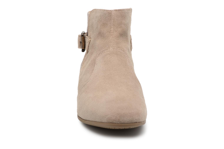 Bottines et boots Geox D MARLYNA G D828PG Beige vue portées chaussures