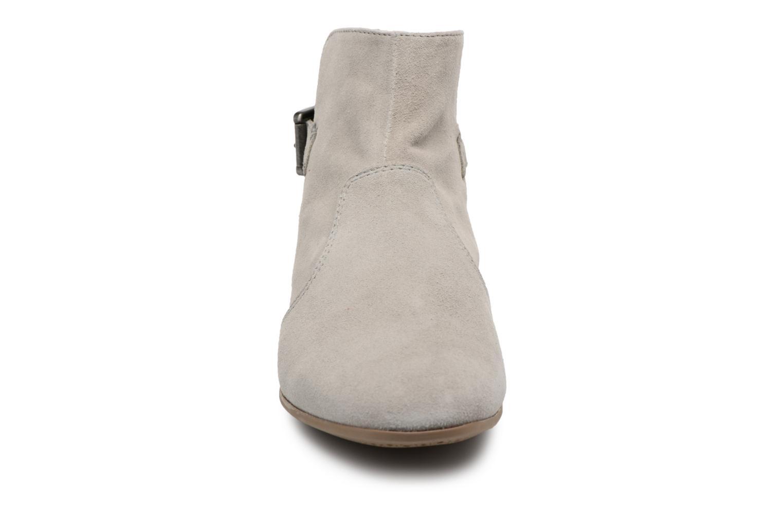 Bottines et boots Geox D MARLYNA G D828PG Gris vue portées chaussures