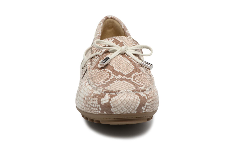 Mocassins Geox D LEELYAN A D724RA Beige vue portées chaussures