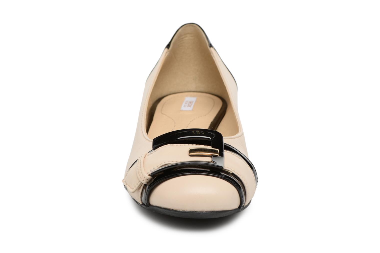 Ballerines Geox D WISTREY E D824GE Noir vue portées chaussures