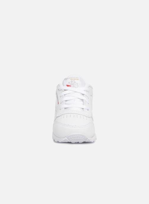 Baskets Reebok Classic Leather I Blanc vue portées chaussures