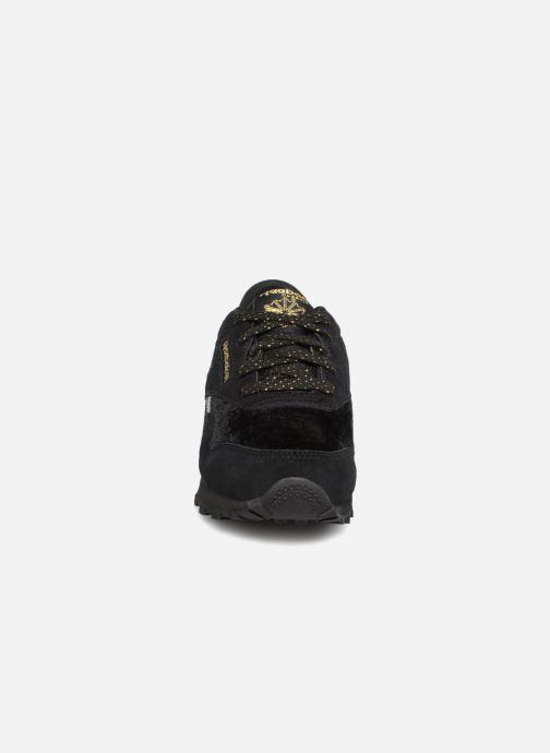Baskets Reebok Cl Nylon C Noir vue portées chaussures