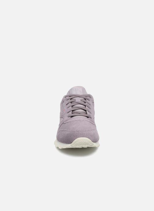 Baskets Reebok Cl Leather Mcc Violet vue portées chaussures