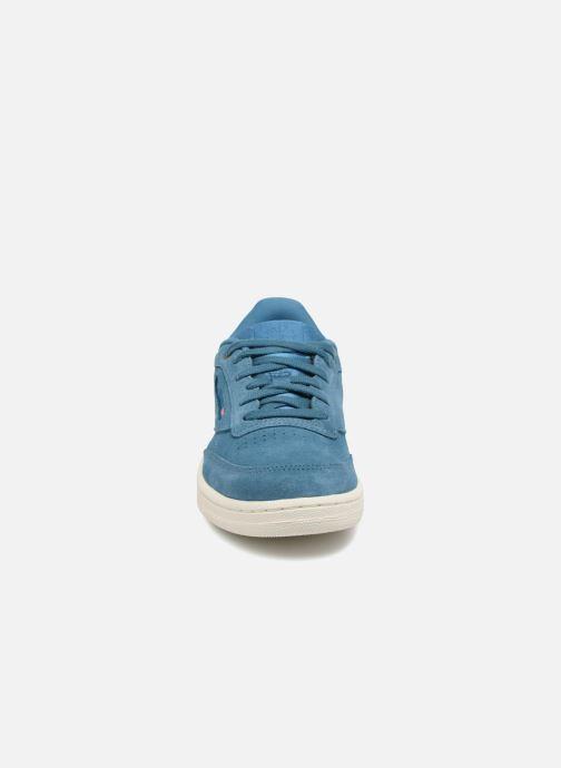 Baskets Reebok Club C 85 Mcc J Bleu vue portées chaussures