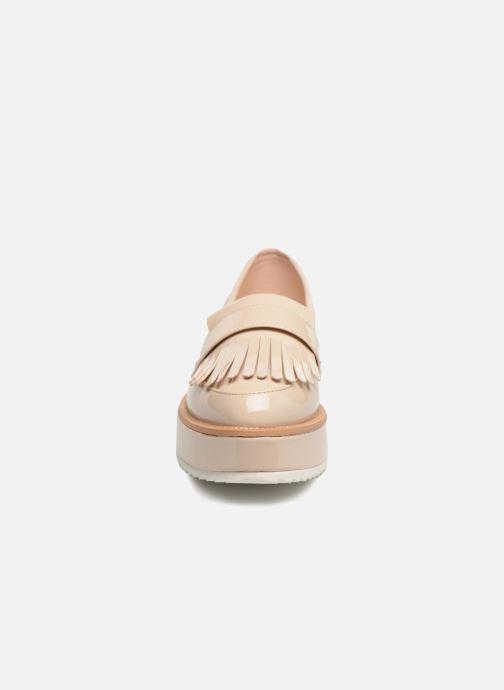 Mocassini I Love Shoes CAMOK Beige modello indossato