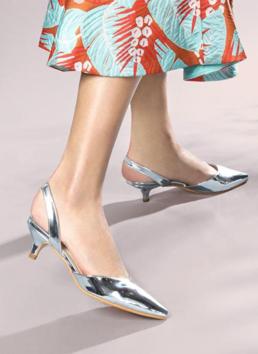 High heels I Love Shoes CALANE Silver view from underneath / model view