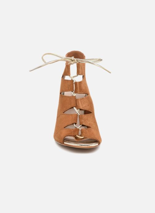 Sandales et nu-pieds Georgia Rose Calista Marron vue portées chaussures