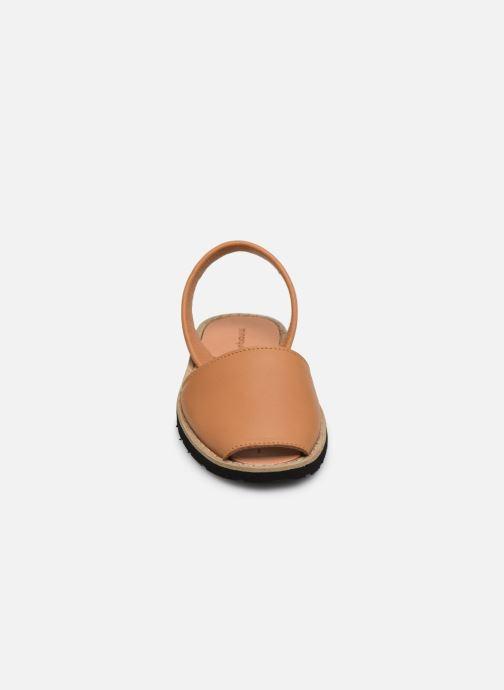 Sandalen Minorquines Avarca E braun schuhe getragen