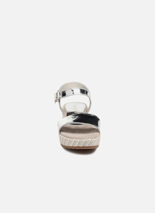 Sandali e scarpe aperte Unisa Terete Argento modello indossato
