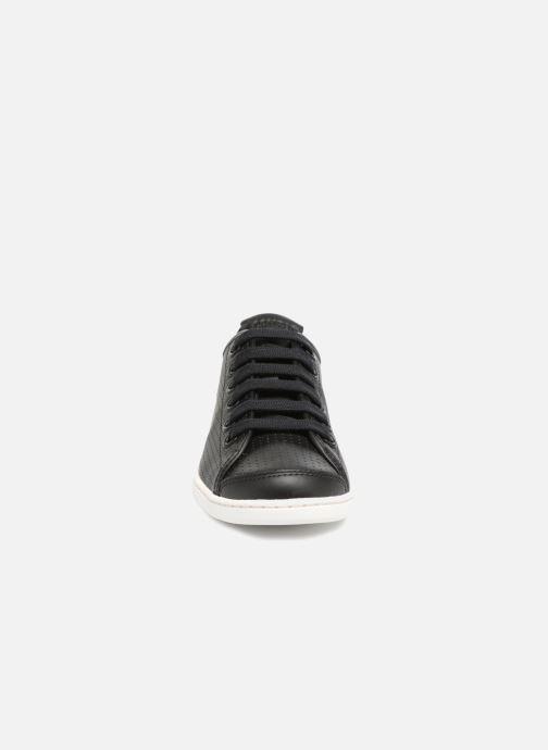 Sneakers Camper Uno 2 Nero modello indossato