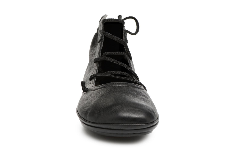 Ballerines Camper Right Nina 4 Noir vue portées chaussures