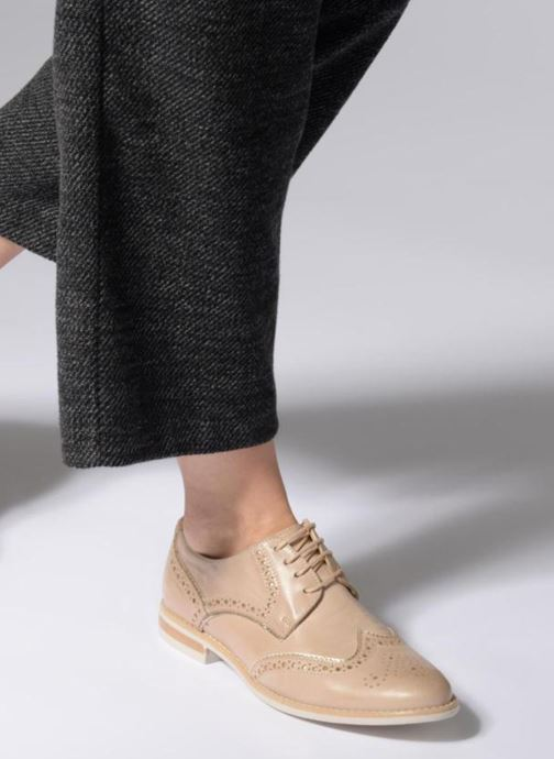 Zapatos con cordones Georgia Rose Nissa Beige vista de abajo
