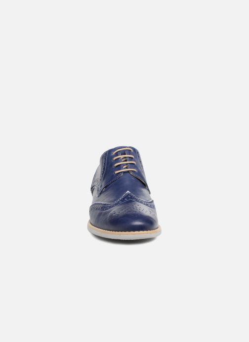 Zapatos con cordones Georgia Rose Nissa Azul vista del modelo