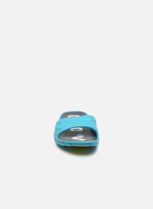 Scarpe sportive Arena Watergrip W Azzurro modello indossato