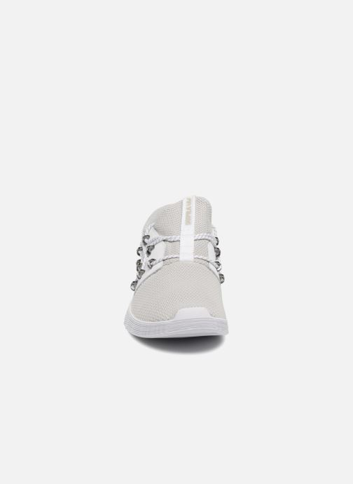 Sneaker Supra Malli grau schuhe getragen