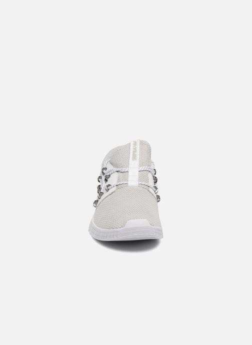 Baskets Supra Malli Gris vue portées chaussures