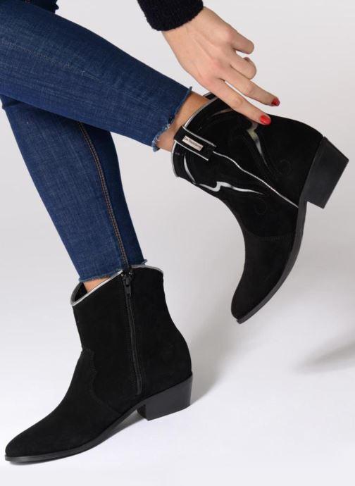 Bottines et boots Les Tropéziennes par M Belarbi Texas Gris vue bas / vue portée sac