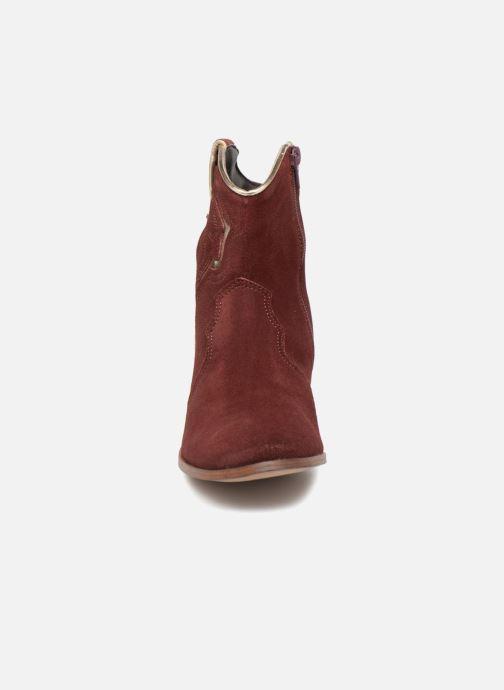 Bottines et boots Les Tropéziennes par M Belarbi Texas Bordeaux vue portées chaussures