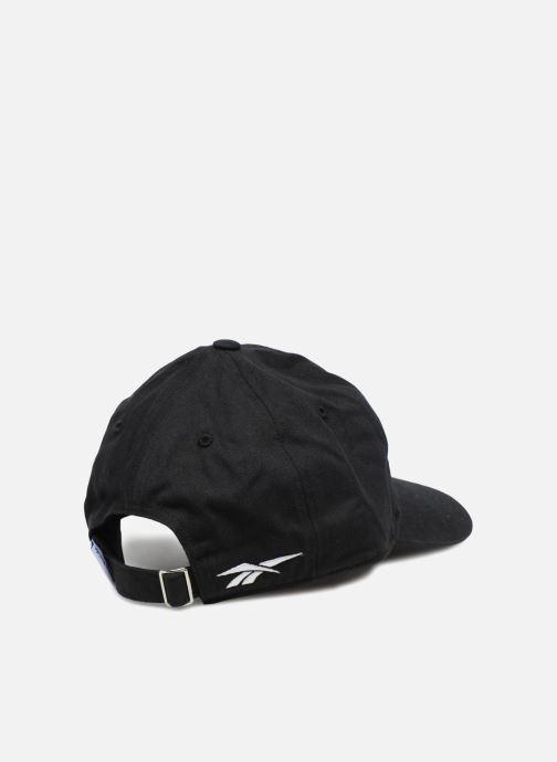 Kappe Reebok CL Lost & Found Cap schwarz schuhe getragen