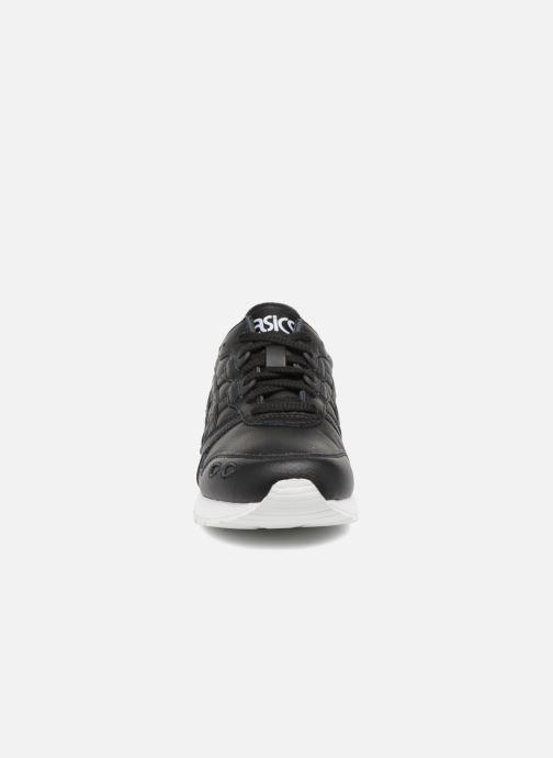Baskets Asics Gel-Lyte W Noir vue portées chaussures