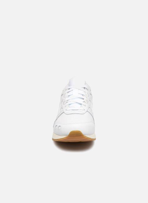 Sneaker Asics Gel-Lyte W weiß schuhe getragen