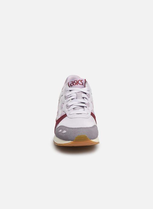 Baskets Asics Gel-Lyte W Violet vue portées chaussures