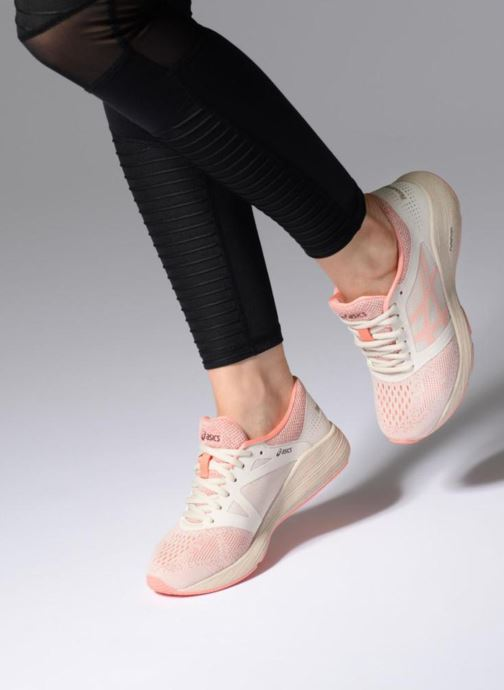 Chaussures de sport Asics Roadhawk Ff Sp Rose vue bas / vue portée sac