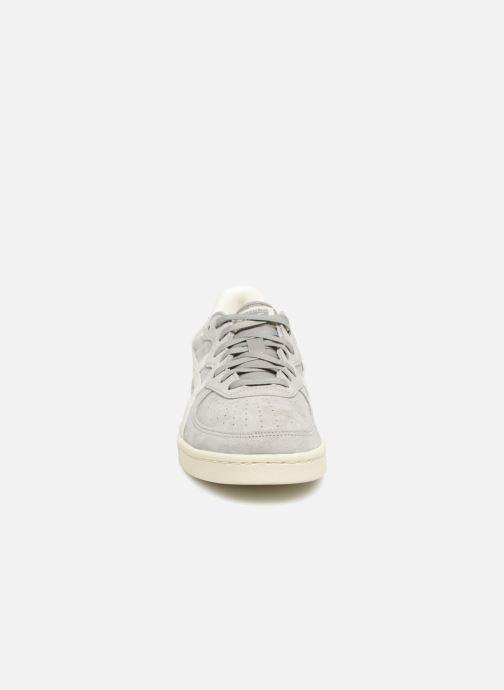 Sneakers Asics Gsm Grå se skoene på