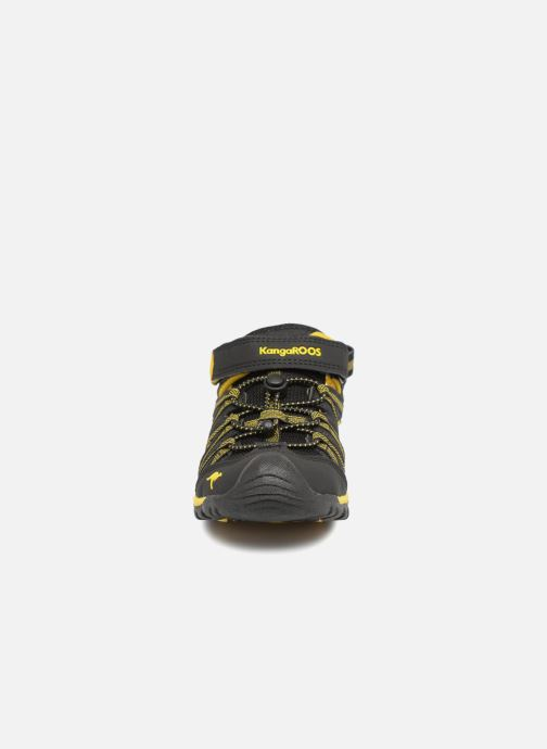 Sandales et nu-pieds Kangaroos Osato Noir vue portées chaussures