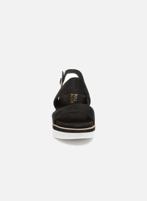 Sandales et nu-pieds Bullboxer 265005F2T Noir vue portées chaussures