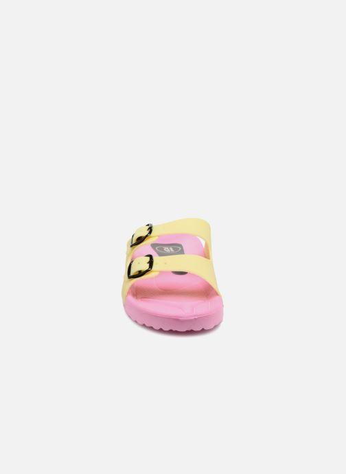 Sandales et nu-pieds SARENZA POP Kipot Rose vue portées chaussures
