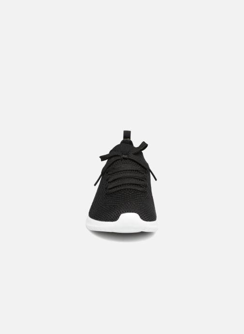Sportssko Skechers Ultra Flex-Statements Sort se skoene på