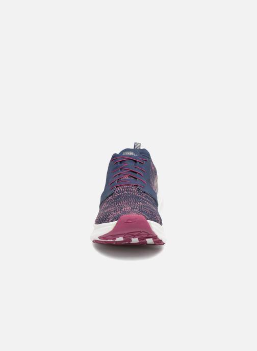 Chaussures de sport Skechers Go Run Ride 7- Violet vue portées chaussures
