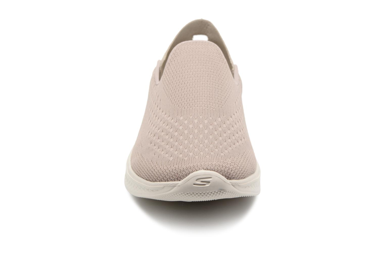 Sneakers Skechers Go Walk 4-Convertible Beige bild av skorna på