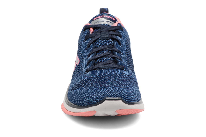 Chaussures de sport Skechers Burst Tr-Close Knit Bleu vue portées chaussures