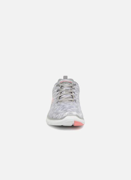 Chaussures de sport Skechers Flex Appeal 2.0 Reflection Gris vue portées chaussures
