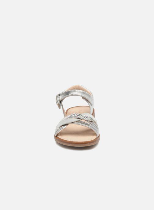 Sandales et nu-pieds Romagnoli Matilde Argent vue portées chaussures