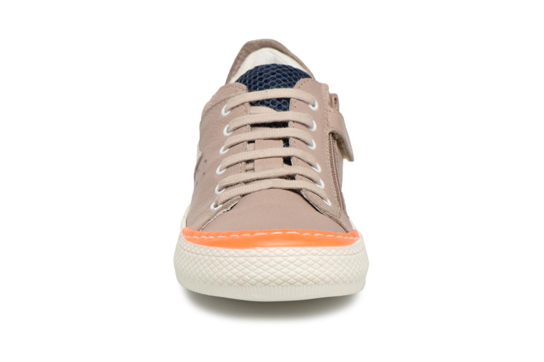 Baskets Romagnoli Dario Beige vue portées chaussures