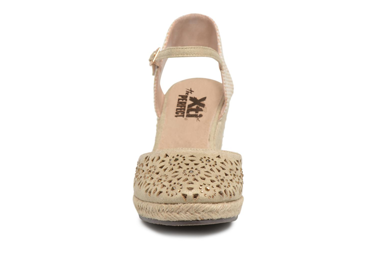 Espadrilles Xti Ossie Bronze and Gold model view