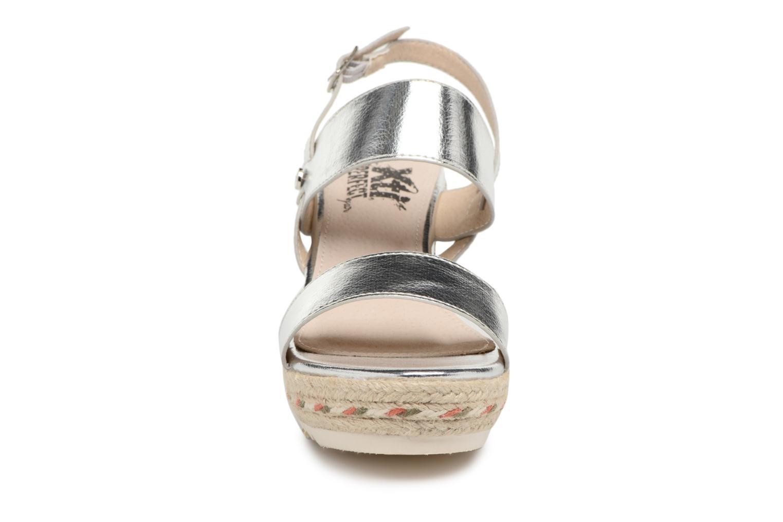 Sandales et nu-pieds Xti Tacoove Argent vue portées chaussures