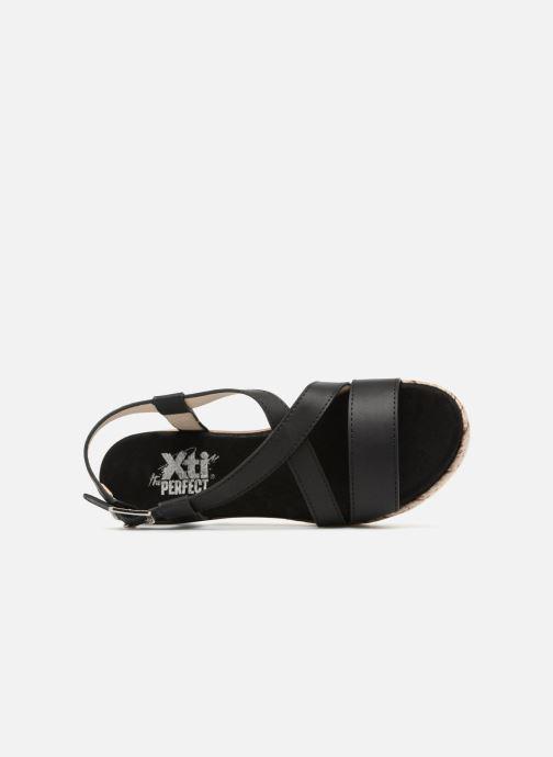 Sandales et nu-pieds Xti Sylout Noir vue gauche