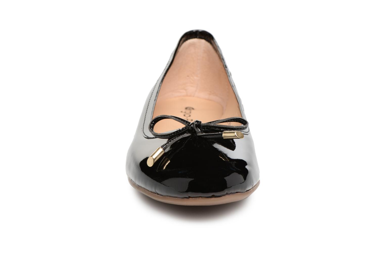Ballerines Georgia Rose Lenova Soft Noir vue portées chaussures