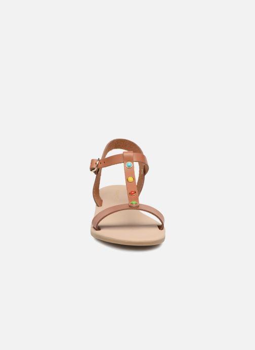 Sandales et nu-pieds Georgia Rose Miperlou Marron vue portées chaussures