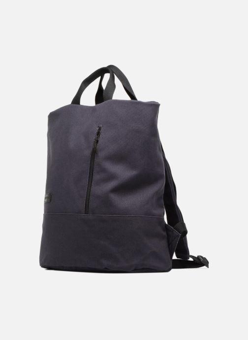 Mochilas Esprit Roll Tote Backpack Azul vista del modelo