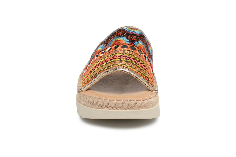 Mules et sabots Refresh Fuva Multicolore vue portées chaussures